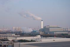 La fabbrica di incenerimento dei rifiuti nel distretto Shanghai di Jiading Fotografia Stock Libera da Diritti