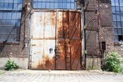 La fabbrica molto vecchia del metallo Fotografie Stock Libere da Diritti