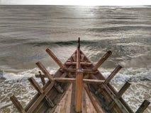 La fabbricazione della barca tradizionale Phinisi in Tanaberu, Sulawesi del sud, Indonesia, Asia Fotografie Stock Libere da Diritti