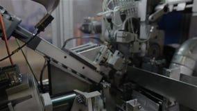 La fabricación de colchón salta, nadie, proceso del montaje de los bloques de la primavera, el taller sobre el montaje de los blo metrajes