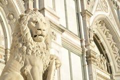 La facciata della basilica di Santa Croce ha individuato a Firenze, Italia Immagine Stock