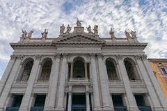 La fachada de la basílica Basilica di San Giovann del St John Lateran foto de archivo libre de regalías