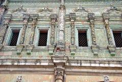 La fachada de la casa antigua Imagen de archivo libre de regalías