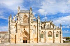 La fachada de la catedral de Batalha en Portugal Fotos de archivo