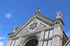 La fachada de la iglesia antigua llamó a Santa Croce en Florencia Foto de archivo