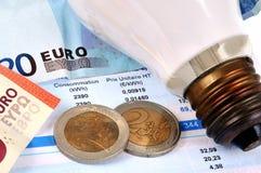 La facture de l'électricité en plan rapproché photo stock
