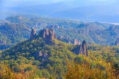 La falaise bascule le panorama, Belogradchik, Bulgarie Images libres de droits