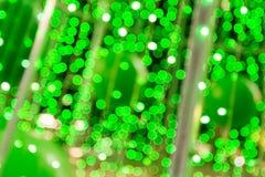 La falta de definición abstracta de la luz verde de la lámpara adornó en la Navidad Imagen de archivo libre de regalías