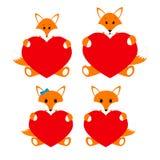 La famiglia foxes con i cuori su un fondo bianco Fotografie Stock Libere da Diritti