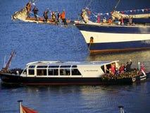 La famiglia reale durante i sailsfestivities di re Fotografie Stock