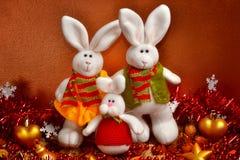 La familia de conejos de la Navidad Foto de archivo