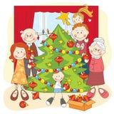 La familia feliz grande viste para arriba un árbol de navidad Imágenes de archivo libres de regalías