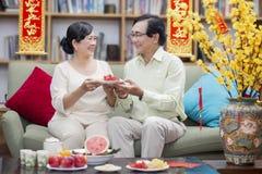 La familia vietnamita celebra Año Nuevo lunar Fotografía de archivo libre de regalías