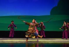 La fanfarronería del caballo--€œLittle Worriors de la ópera de Pekín del  del family†de Yeuh's Imagen de archivo