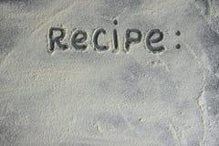 La farine sur un fond en pierre L'espace libre pour le texte Photos stock