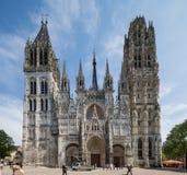 La fasce de cathédrale de Rouen Normandie le 4 mai 2013 Rouen étant préparent photo libre de droits