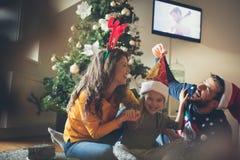 La felicidad está en su hogar fotografía de archivo libre de regalías