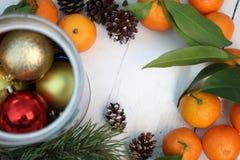 La Feliz Año Nuevo y casa la Navidad Imagen de archivo libre de regalías