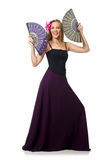 La femme avec des danses de danse de fan d'isolement sur le blanc Photographie stock libre de droits