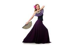 La femme avec des danses de danse de fan d'isolement sur le blanc Photo stock