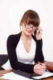 La femme avec du charme d'affaires au bureau Image libre de droits