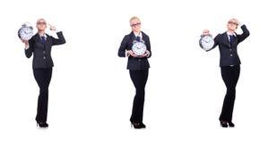 La femme avec l'horloge géante sur le blanc Image stock