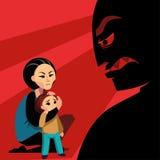 La femme cache l'enfant de la silhouette masculine Photo stock