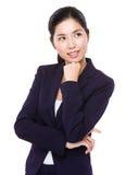 La femme d'affaires asiatique pensent à l'idée photographie stock libre de droits