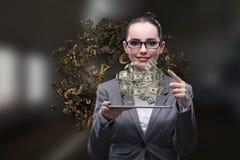La femme d'affaires avec le dollar dans le concept d'affaires image libre de droits