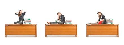 La femme d'affaires occupée d'isolement sur le blanc Photo libre de droits