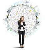 La femme d'affaires pense le monde d'affaires Photo stock