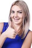 La femme donnant des pouces lèvent le signe image stock