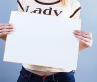 La femme prend la plaquette Images libres de droits