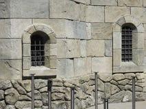 La fenêtre de château est étroite Photo stock