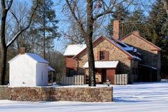 La ferme après la tempête de neige photographie stock