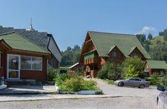 La ferme maral centrale de santé-amélioration Kaimskoye d'élevage de centre de récréation est située sur le territoire du krai d' Images libres de droits