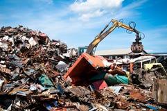 La ferraglia del ferro ha compresso per riciclare Fotografie Stock Libere da Diritti