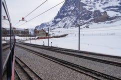 La ferrovia di Jungfrau è una ferrovia a cremagliera del calibro del tester che funzionamenti 9 Immagine Stock Libera da Diritti