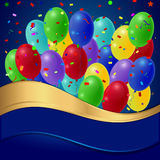 La festa balloons con una banda dell'oro su un fondo blu Immagini Stock