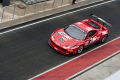 La FIA GT del Ferrari 458 Pozzo-si arresta fotografia stock