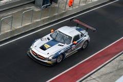 La FIA GT di Mercedes SLS Pozzo-si arresta immagini stock