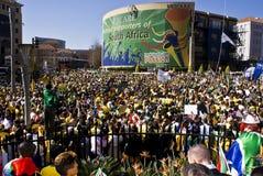 La fiebre del fútbol de la taza de mundo aprieta Sandton Imagen de archivo