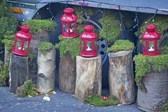 La fiera di divertimento tradizionale di Hyde Park Winter Wonderland con alimento e la bevanda si blocca, caroselli, premi ai wi Fotografie Stock
