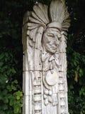 La figura del nativo americano ha scolpito nella pietra Fotografia Stock Libera da Diritti