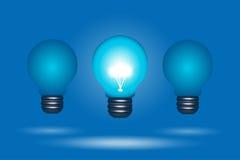 La fila delle lampadine, una sta fuori Royalty Illustrazione gratis