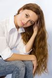 La fille avec le long cheveu Images libres de droits