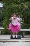 La fille balance Image stock