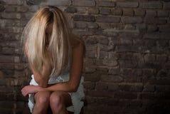 La fille dans la peine. Image libre de droits
