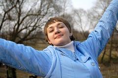 La fille dans le bleu Photographie stock libre de droits