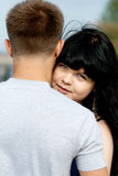 Jeunes couples affectueux Photos stock